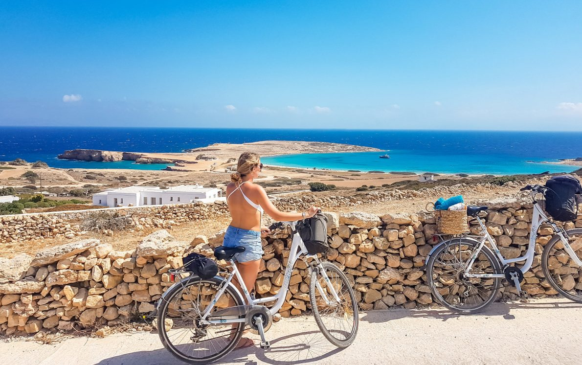 pori beach blue water bicycles koufonisi koufonissia greece