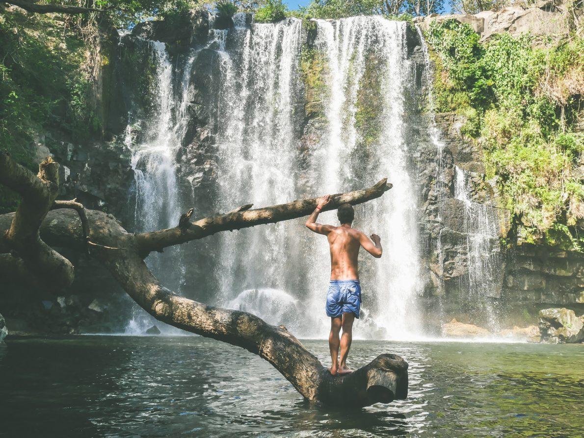 Catarata Llanos De Cortez guanacaste costa rica