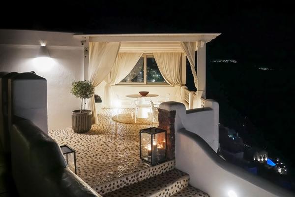 nightshot filotera santorini greece