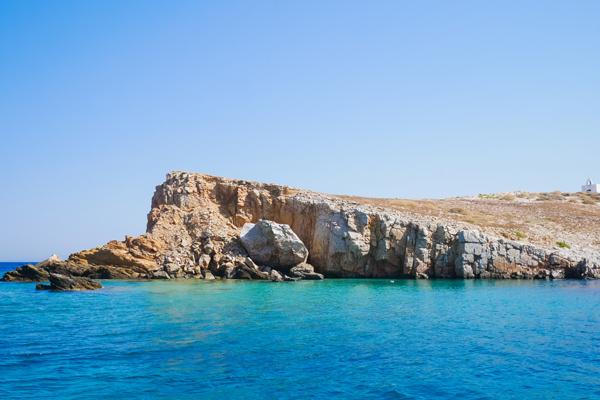 rocks blue water koufonisi koufonissia greece