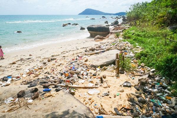 garbage pollution plastic phu quoc vietnam