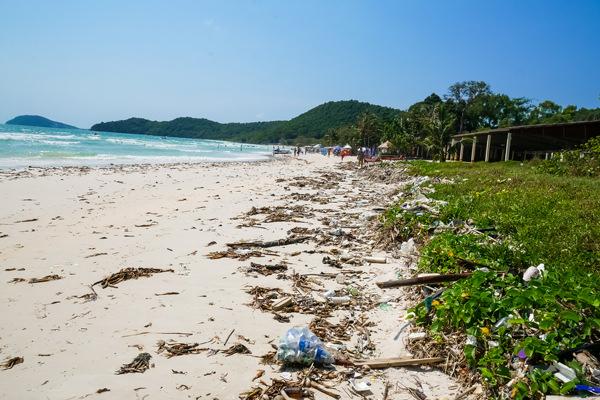 garbage pollution plastic phu quoc vietnam sao beach