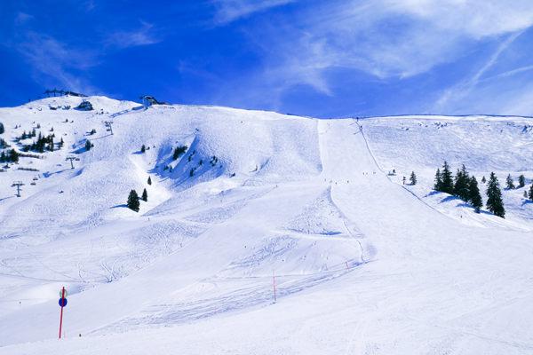 kitzbuhel-slopes-black austria