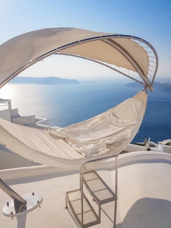lounge bed imerovigli santorini greece